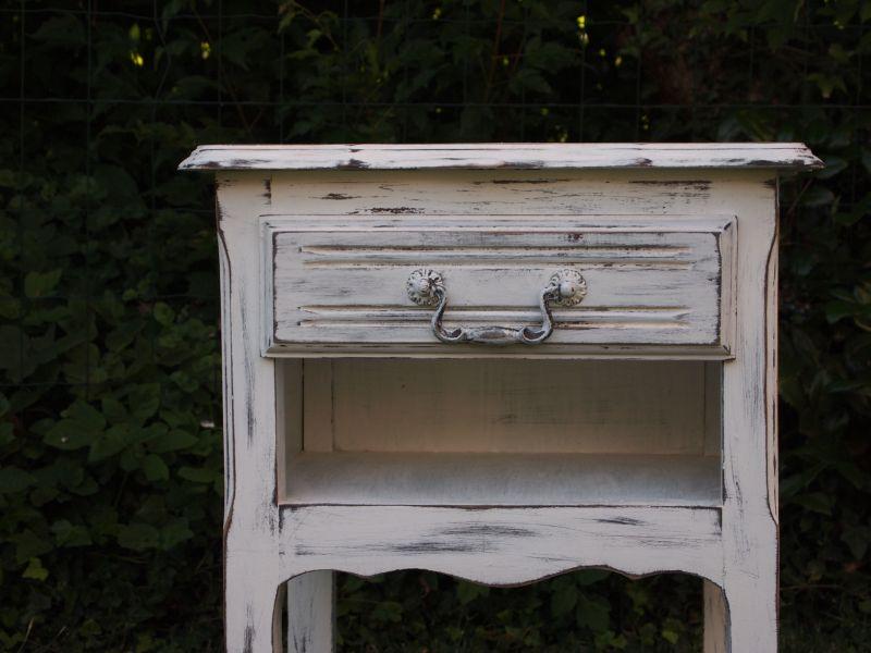 Le clos des merveilles relooking d int rieur et patine for Meuble gris patine blanc
